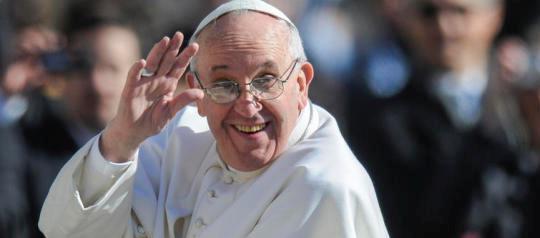 19/03/2013 Città del Vaticano, piazza San Pietro,  messa di intronizzazione del nuovo pontefice, nella foto papa Francesco saluta i fedeli